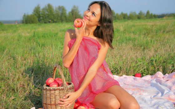 пикник, природе, яблоки, поле, девушка, улыбка,