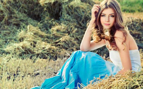 девушка, красивые, модель, платье, поле, море, янв, sit, трава, красивая, krasivo,