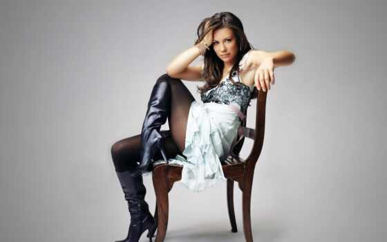 платье, девушка, кресло, смотреть, evangeline, lilly, ножки, сапоги, brunette, актриса,