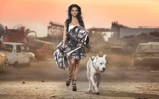 девушка, собака, часы