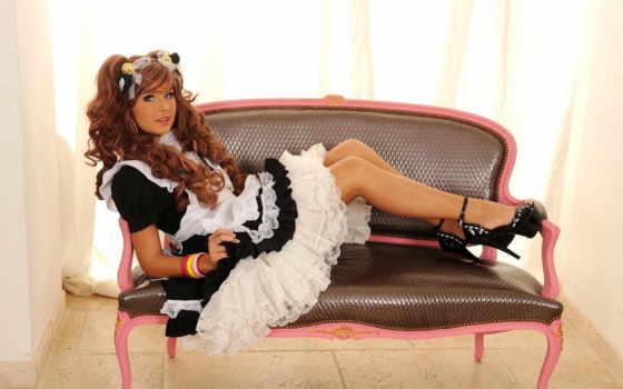 mia, manarote, платье, диванчик, ножки,