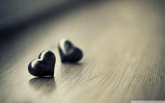 фигурки сердечки на доске