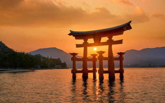 япония, shrine, itsukushima, miyajima, море, torii, закат, japanese, gates, гора, ритуал