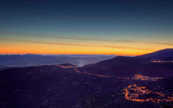 красивый закат, Панорама вечернего города