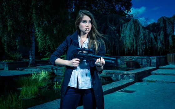 devushki, девушка, обстановка, оружие, автоматы,