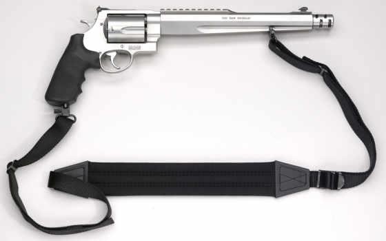 S&W 500 magnum Hunter с ремешком