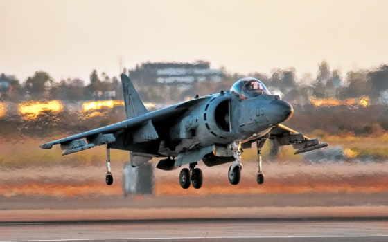 AV-8B Harrier, самолёт