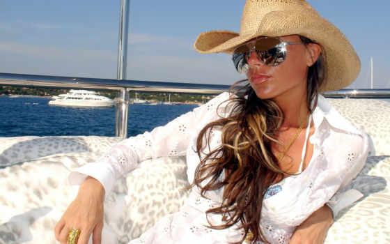 addams, очки, devushki, пляже, beckham, victoria, стильные, honor, очень, солнцезащитные,