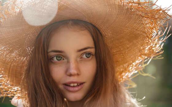 девушка, улыбка, шляпа, взгляд, красавица, morris, поза, анна