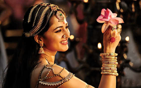 anushka, rudramadevi, shetty, rana, allu, arjun, movie,