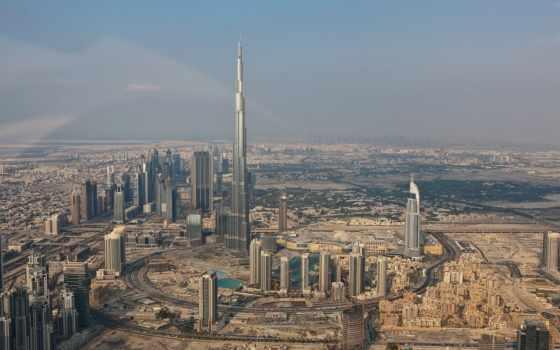 emirates, dubai, арабский, uae, united, справа, mall, arabian, переднем, будет, plane, здания, между, райнами, виден, gardens, discovery, огромной, park,