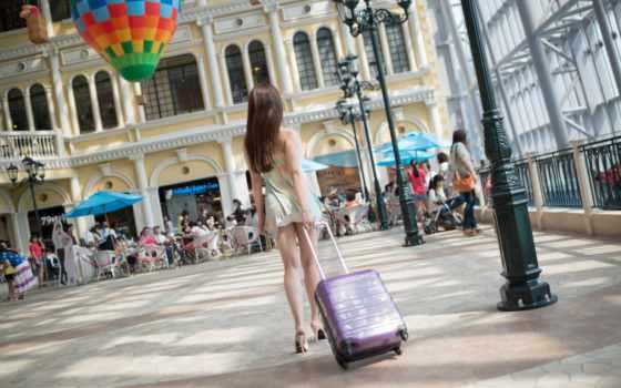девушка, картинка, город, italy, улица, чемодан, goodfon, чемоданом,
