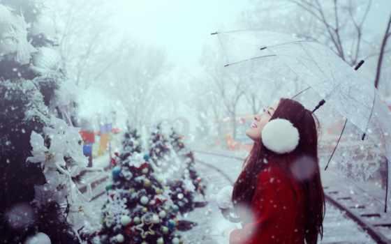 идет снег и новый год