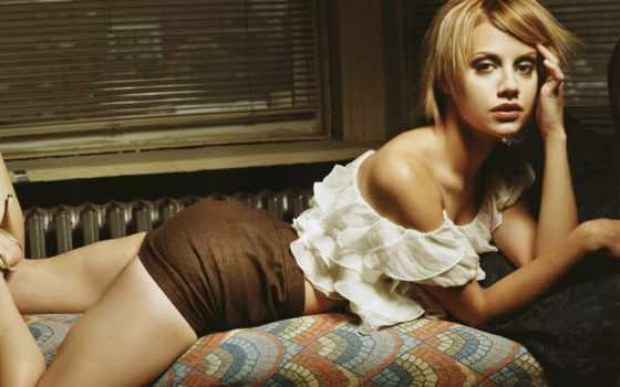 brittany, девушка, murphy, красивая, актриса, кровате, возле, девушки, замечательная, просто, окна, rip, была, певица, картинка, iphone,