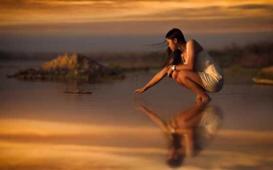 ветер, море, девушка, азиатка, корточках, touch, пляж, закат, волосы, песок, платье,