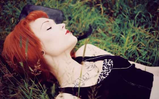 девушка, рыжие, настроения, подборка, волосы, devushki, траве, большая, imagini, рыжая,