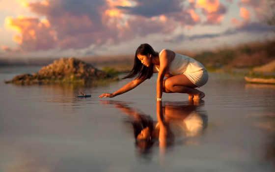 девушка, water, отражение, рябь, восток, exterior, oblaka, воде, отражается,