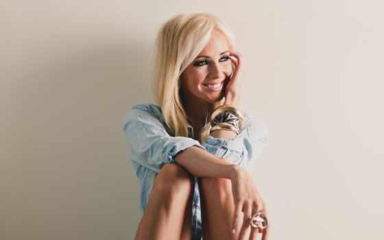 blonde, задумчивая, улыбка, девушка, очаровательная,