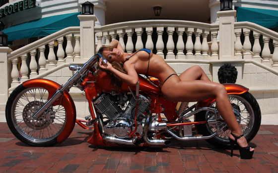 байке, девушка, лежит, devushki, мотоциклы, мотоциклами, банка, широкоформатные, кокосовый,