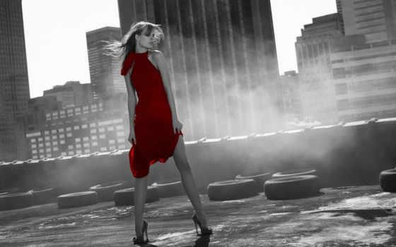 девушка, город, девушки, красный, платье, чб,