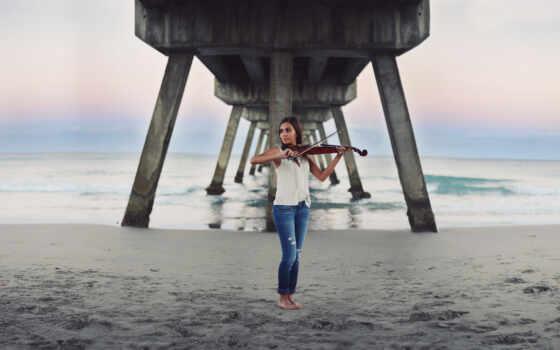 девушка, море, скрипка