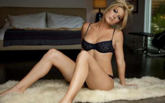 своей, сексуальная, позирует, бельe, нижнем, эротической, сессии, нам, показывает, женщина, горячая, blondinka, страстная,
