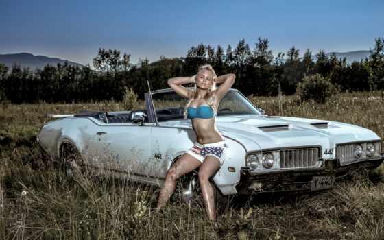 car, олдсмобиль, девушка, бикини, поза, antique, tapety, модель, blonde, she, zima