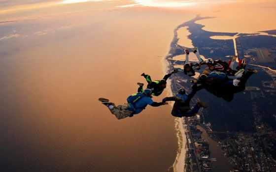 полет, прыжок, парашютисты