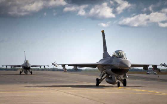 самолёт, военный, полосе