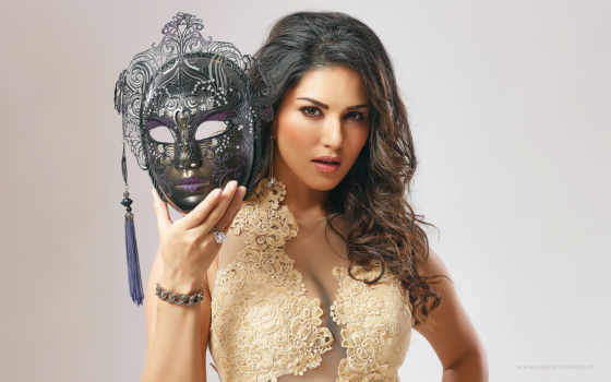 love, sunny, leone, beiimaan, beimaan, movie, movies,