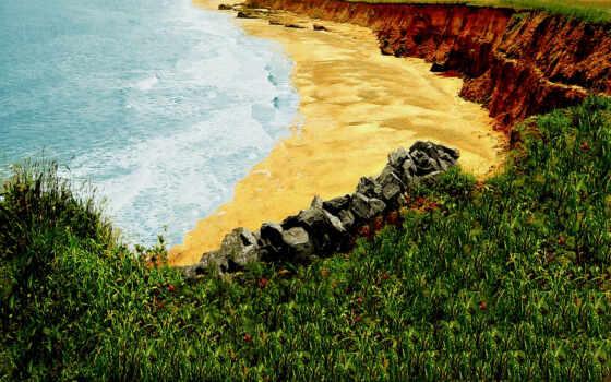 золотистый пляж