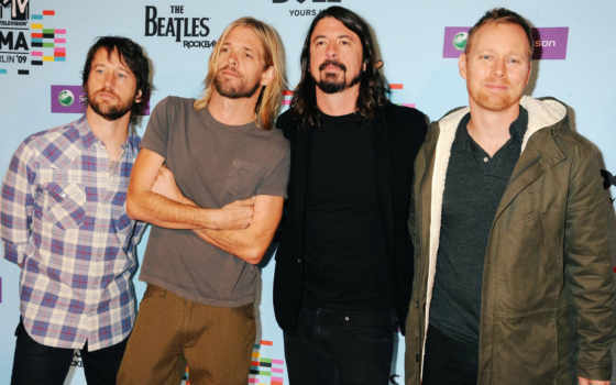 fighters, foo, taylor, hawkins, nate, mendel, grohl, dave, signed, фотоальбом,