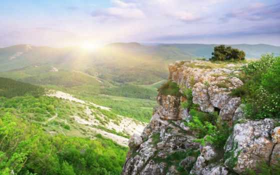 лес, долина, trees, rock, oblaka, голубое, небо, тропинки, wonderful, height,