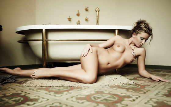 ,ванная,девушка,эротика,секси,голая,голышок,грудь,