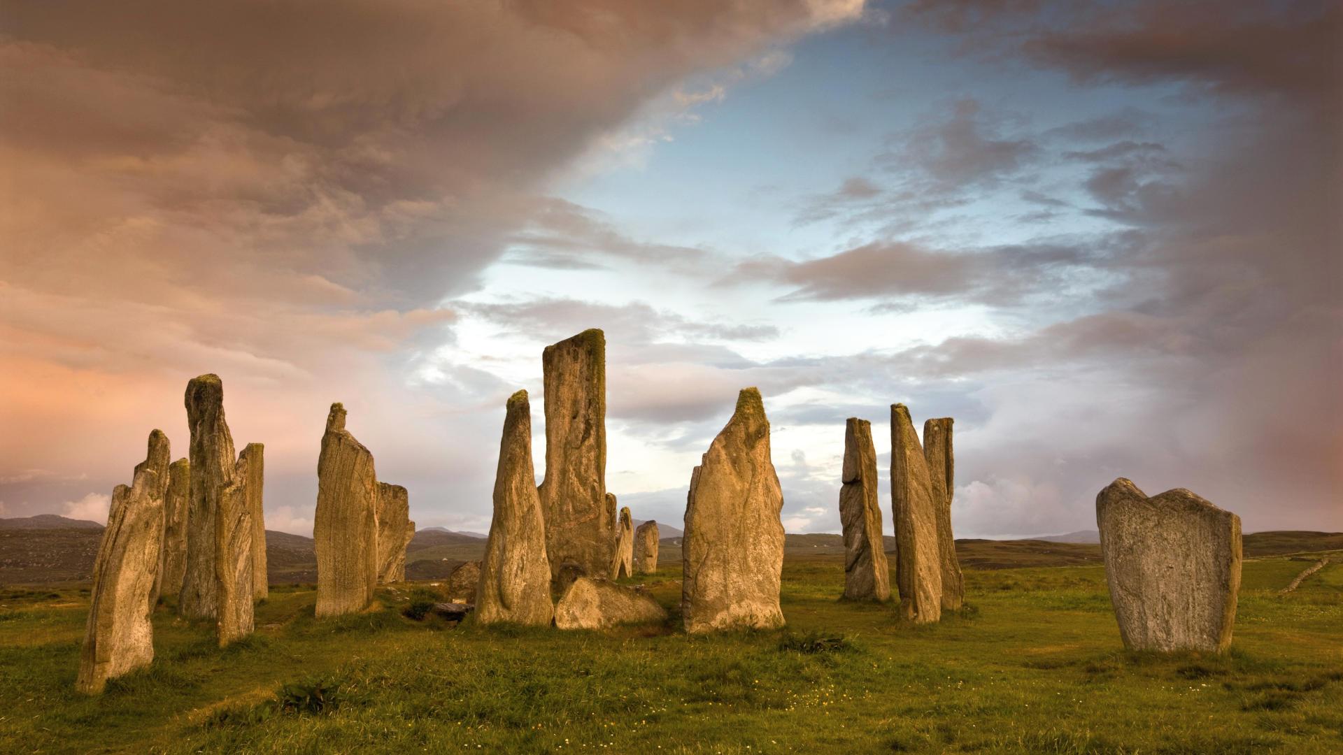 Шотландский каменный забор онлайн