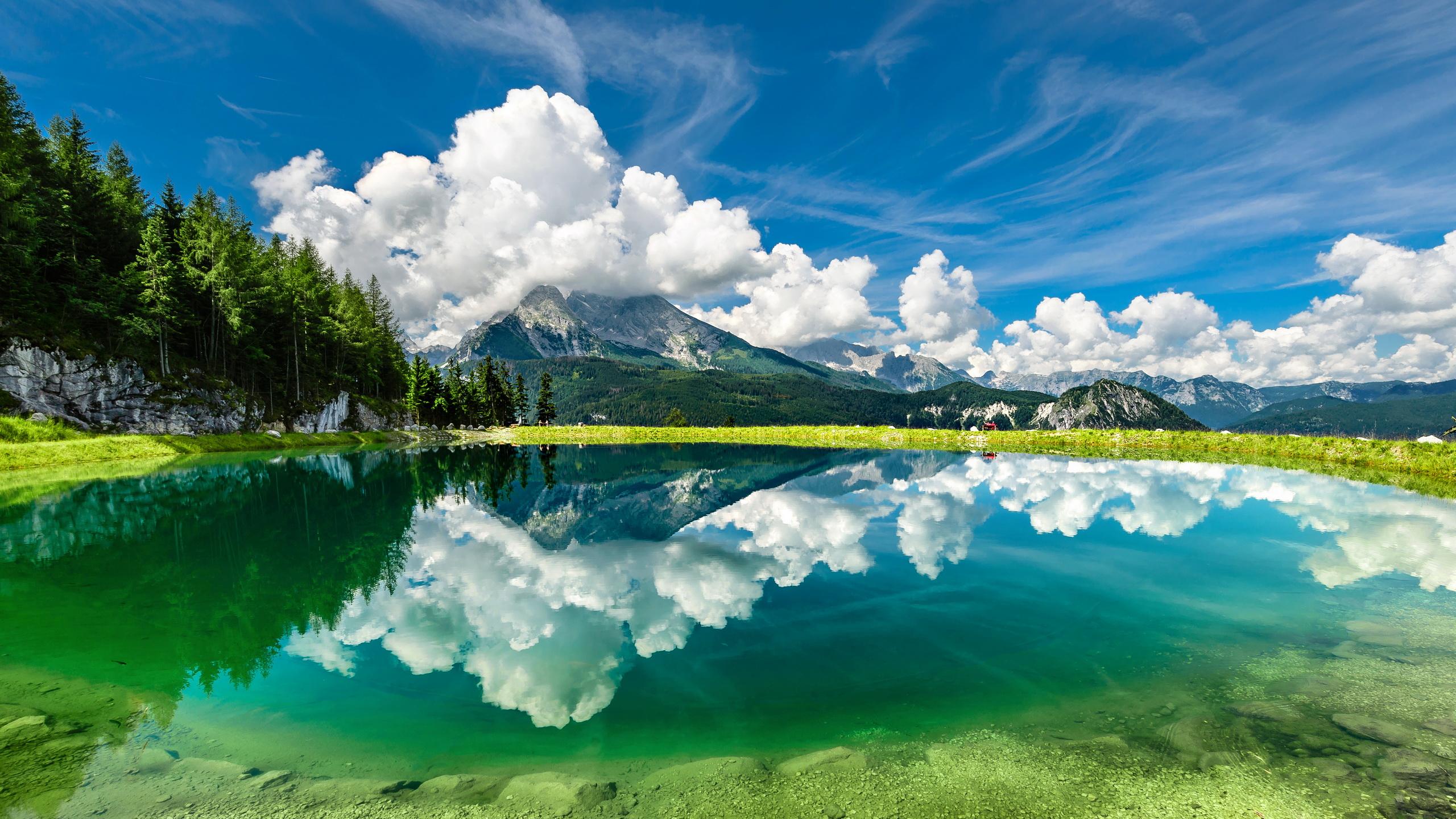 природа река горы небо облака отражение  № 2503199 загрузить