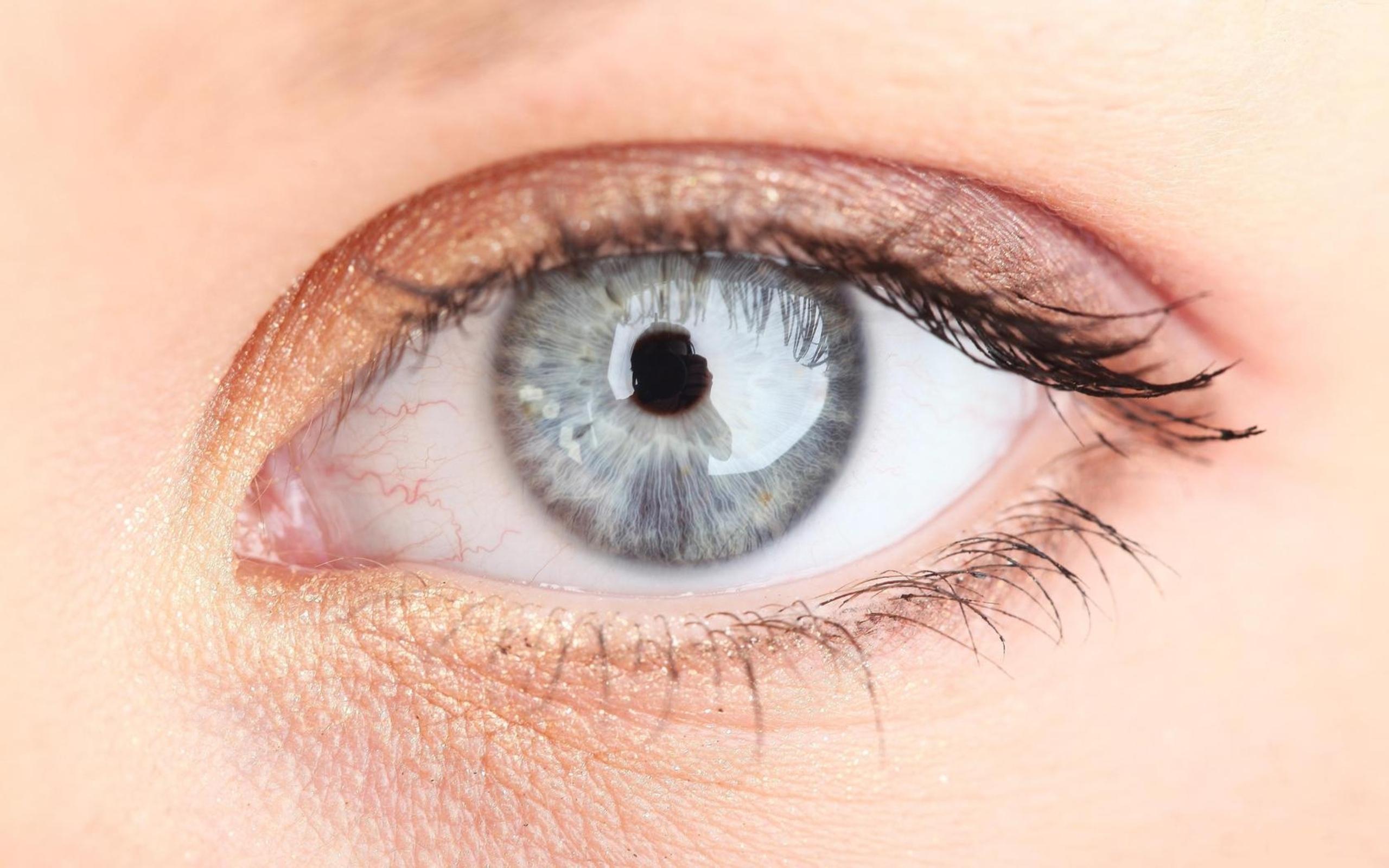 Макро глаз макро ресницы без смс