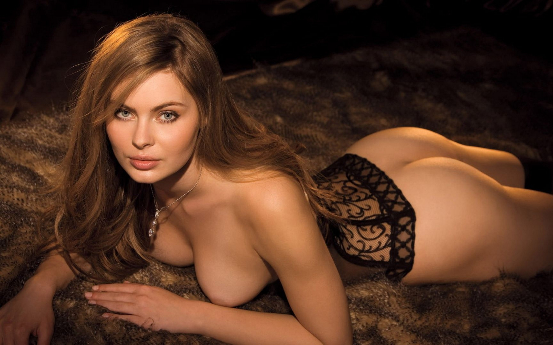Фото сексуальной лоя, Голая певица Лоя, эротические фото в журнале xxl 25 фотография