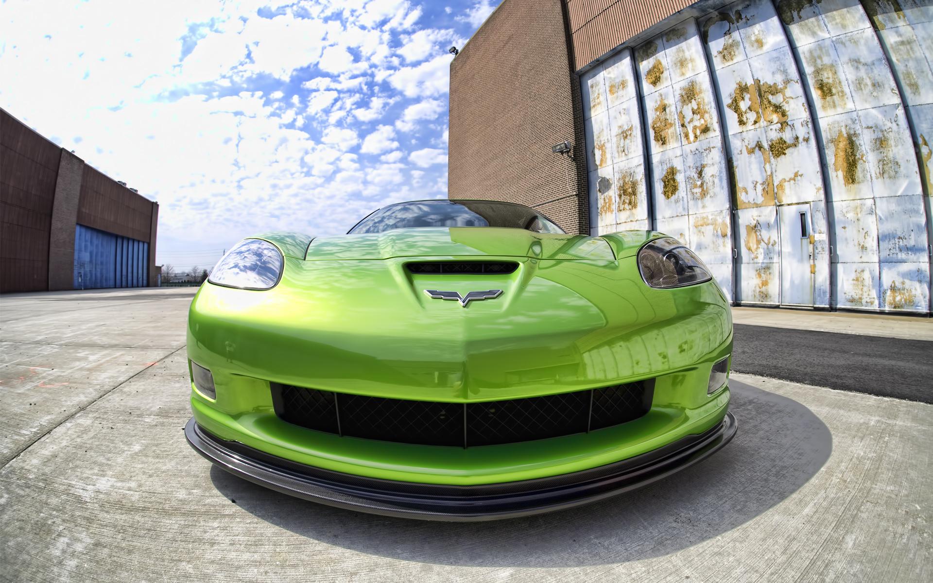 зеленый автомобиль спортивный скачать
