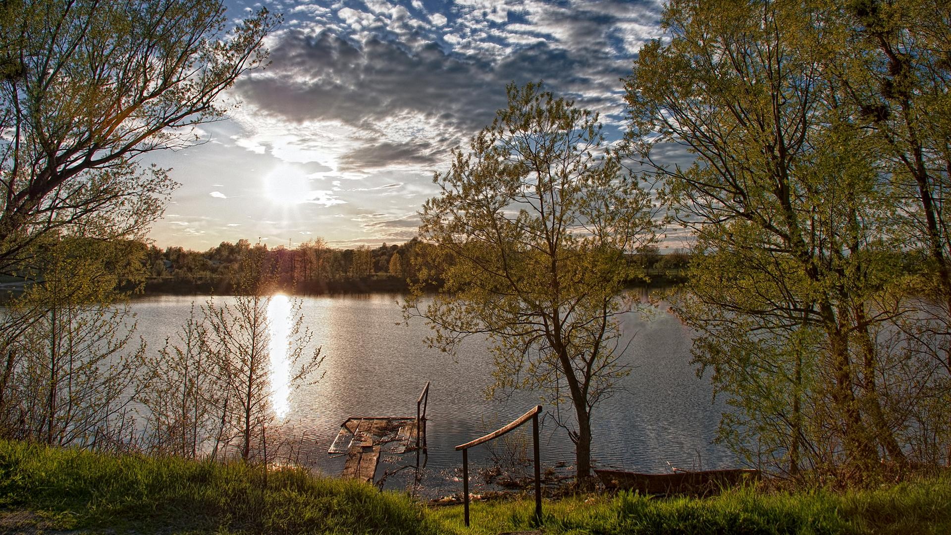 природа облака солнце река  № 2602882 бесплатно