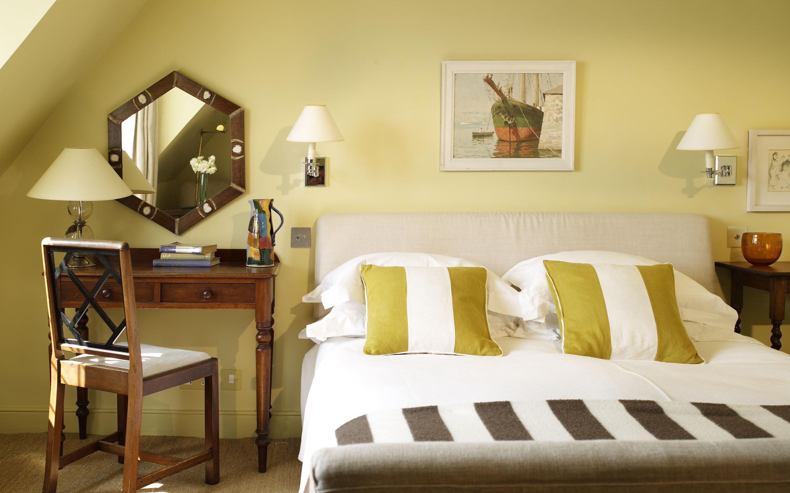 комната кровать  № 3539759 загрузить