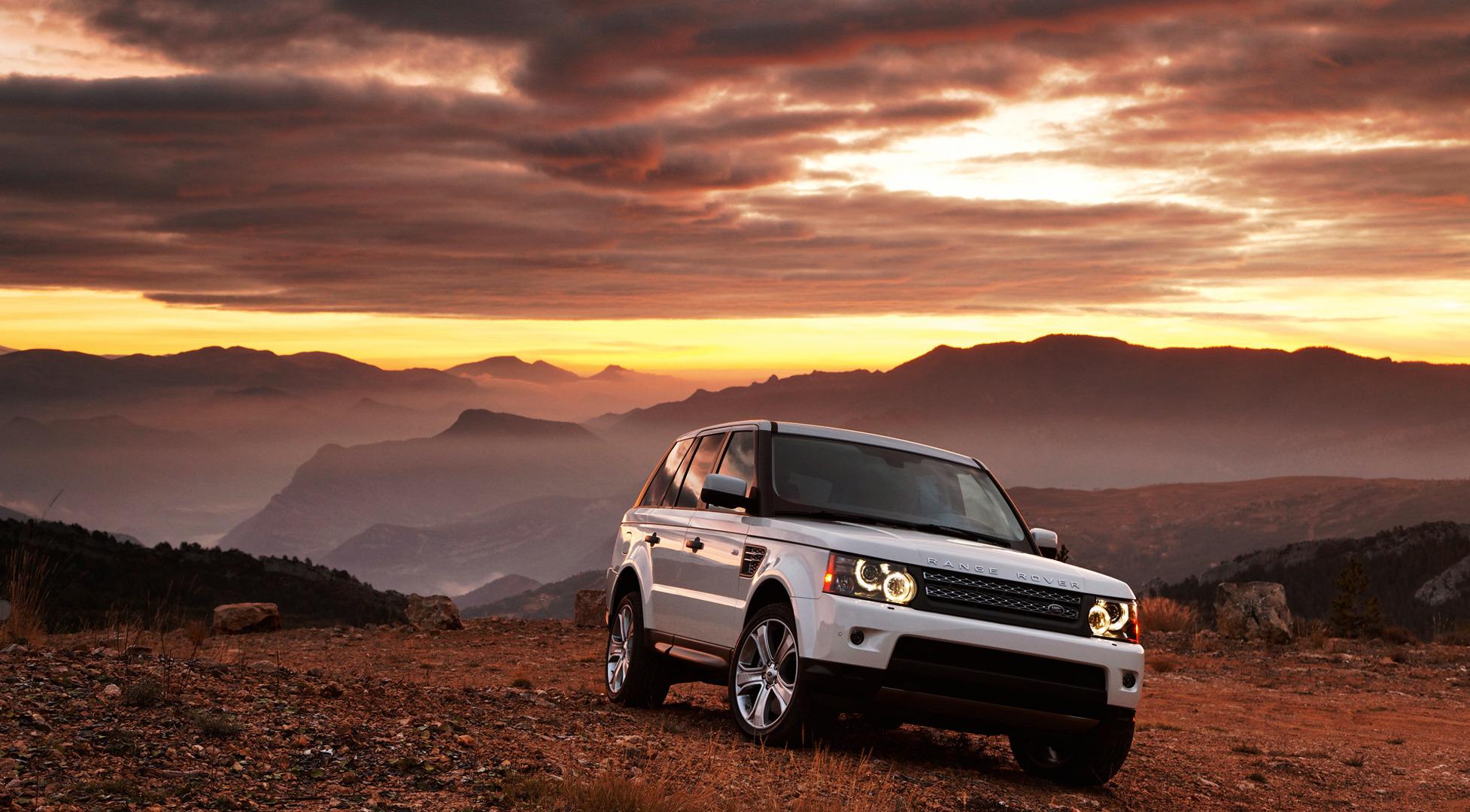 белый автомобиль Land Rover без смс