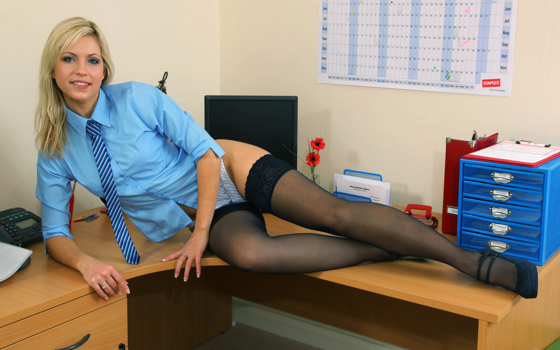Трахнул медсестру у неё в кабинете, Клиент трахнул медсестру в кабинете 22 фотография