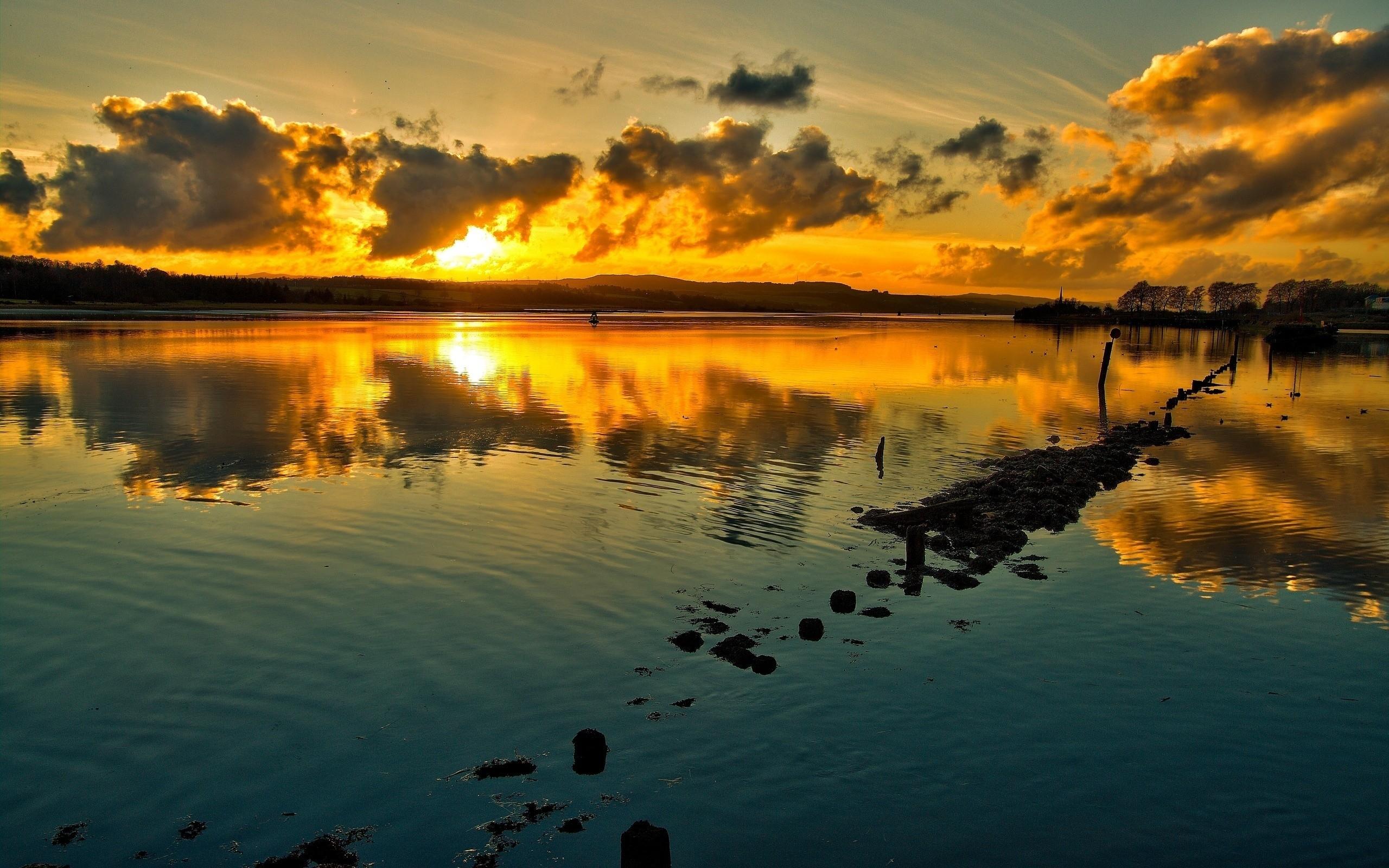 природа горизонт солнце озеро облака отражение  № 623510 бесплатно