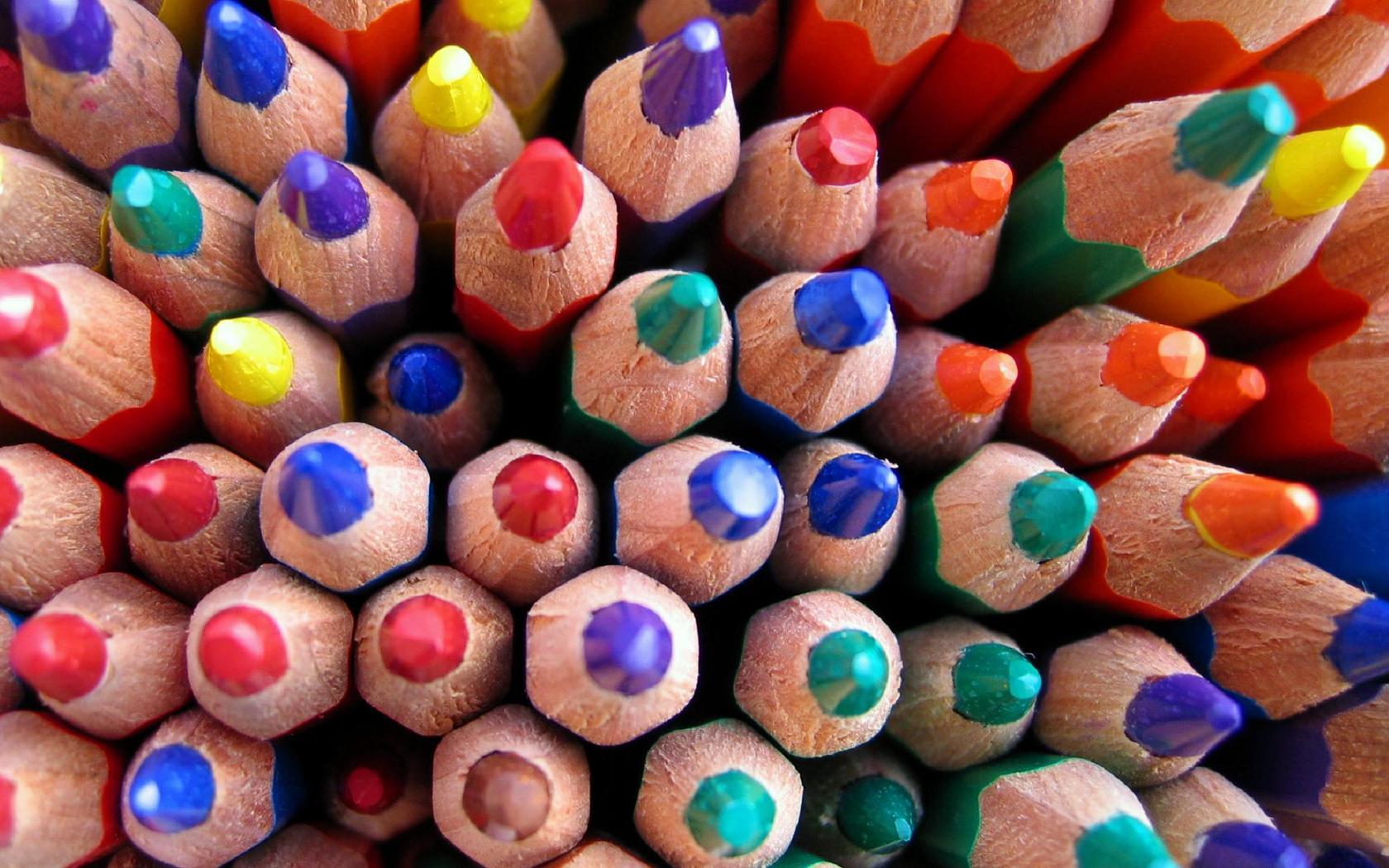 Карандаши и краски бесплатно