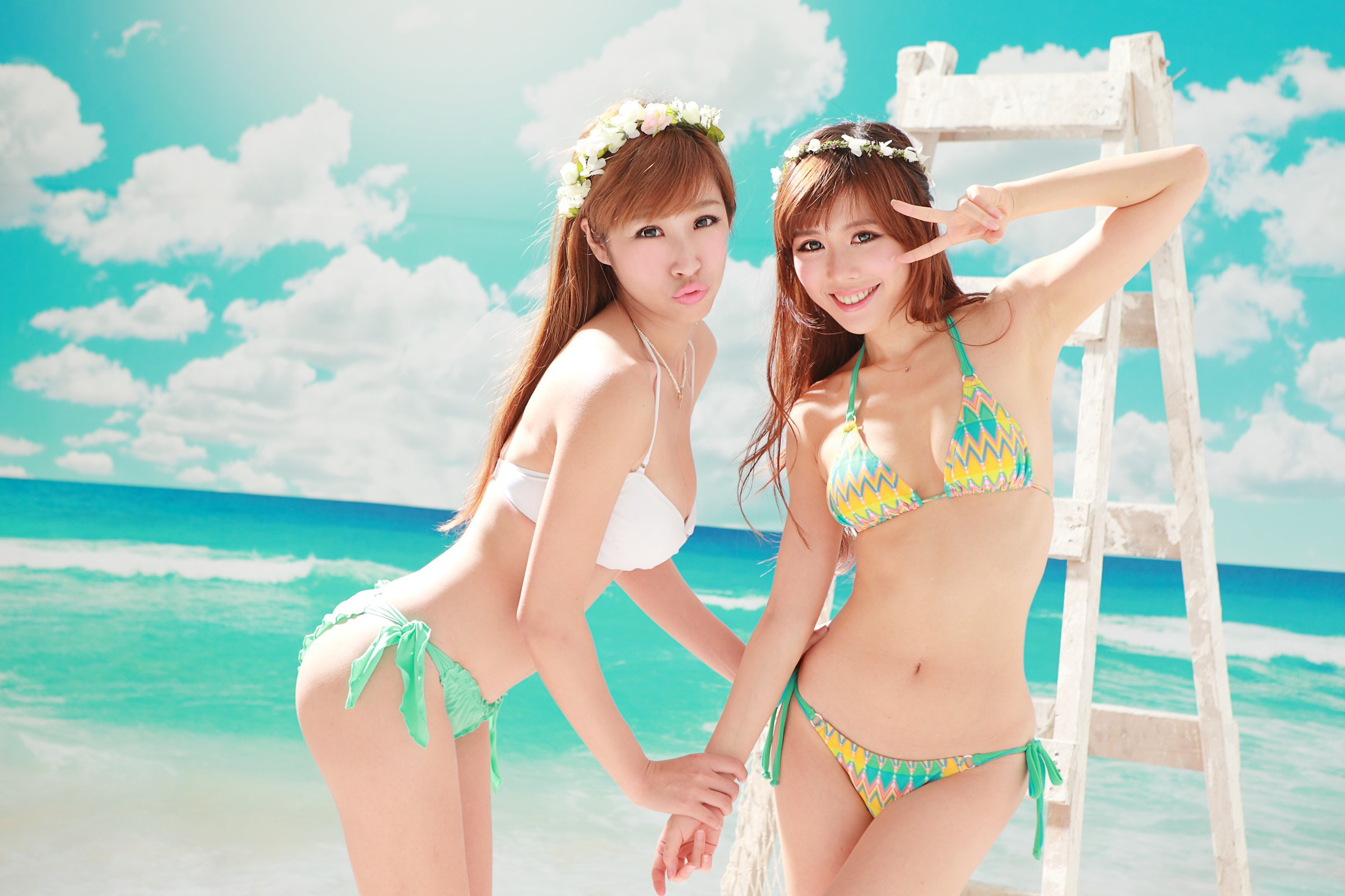 девушки пляже японские на