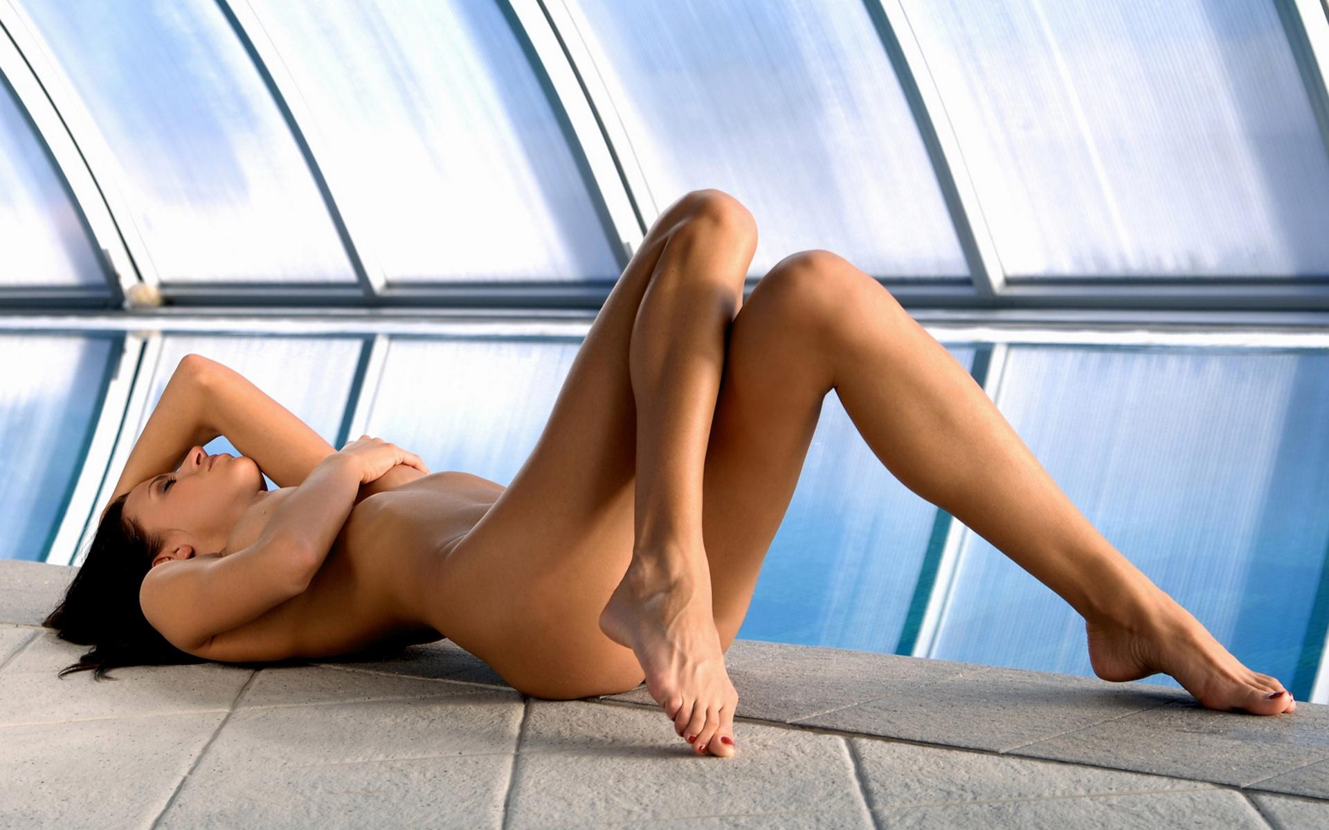 sexy-legs-nude-girls