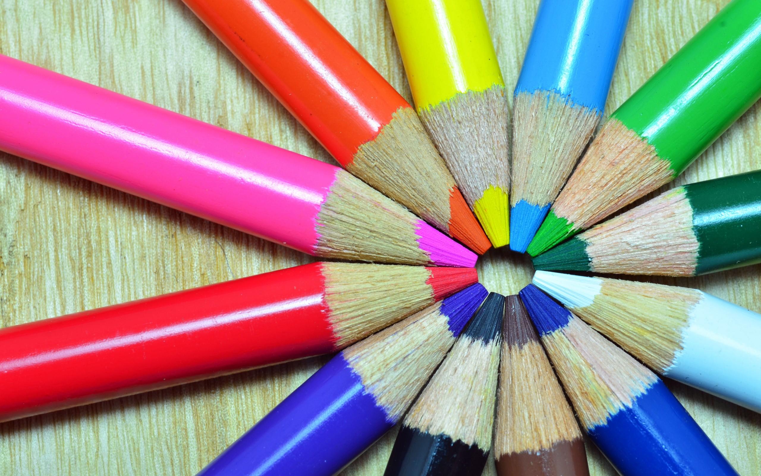 цветные карандаши крупный план color pencils large plan загрузить