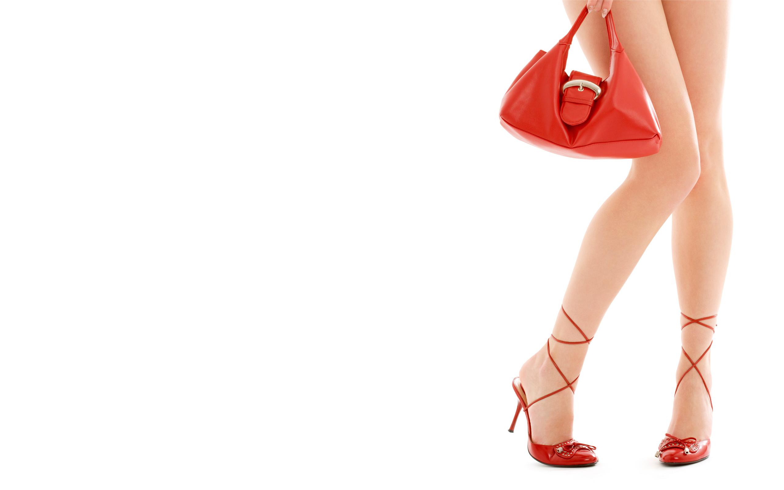 красная обувь  № 1506267 загрузить