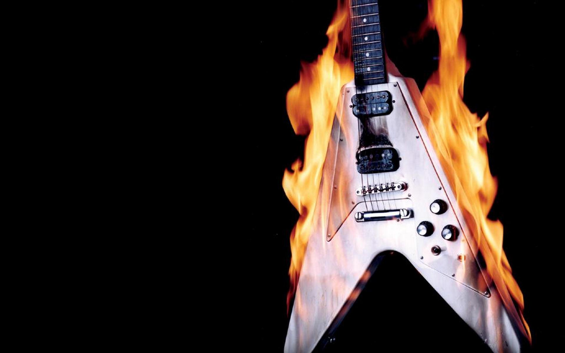 Гитара в огне скачать